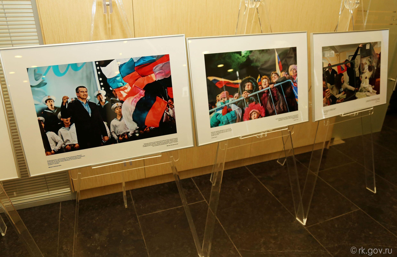 Аксенов, Константинов и Киселев открыли фотовыставку в Москве, посвященную воссоединению Крыма и России (ФОТО), фото-3