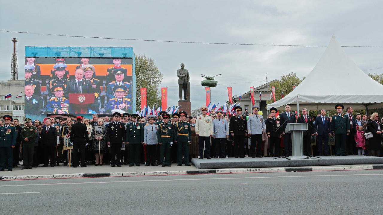 Сергей Аксёнов в Симферополе принял участие в праздничных мероприятиях, посвящённых 74-й годовщине Победы в ВОВ