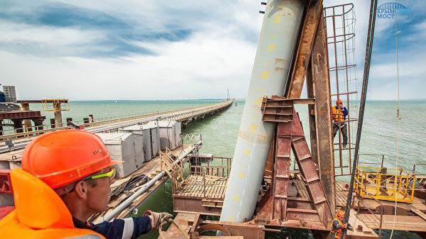 Поздравление Главы Республики Крым с Днём строителя