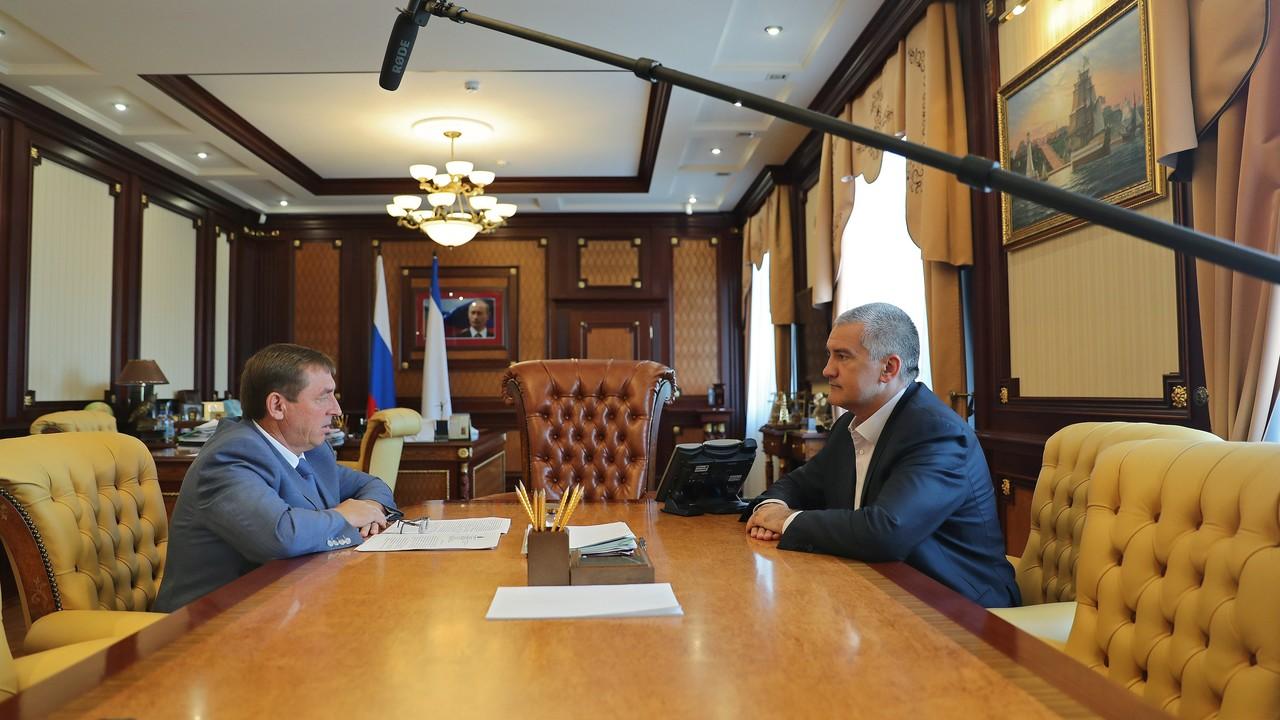 Сергей Аксёнов: Концентрация выбросов вредных веществ в Армянске значительно снижена, в том числе благодаря погодным условиям