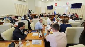 Сергей Аксёнов: На реконструкцию и установку модульных ФАПов и амбулаторий из республиканского бюджета будет выделен 1 млрд рублей