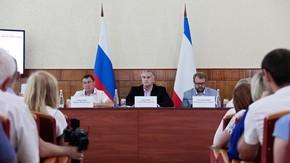 Сергей Аксёнов провёл выездное совещание по проблемным вопросам Черноморского района