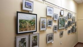 В Симферополе открылась выставка акварелей Шевкета Кешфидинова «Песни о Крыме»