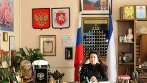 Арина Новосельская в режиме ВКС приняла участие в заседании Совета министров Республики Крым