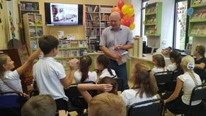 Творческая встреча с детским писателем Юрием Поляковым организована в Крымской библиотеке им. В.Н. Орлова