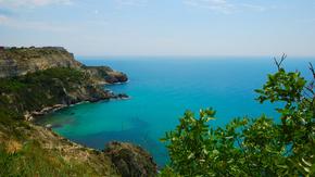 Крым лидирует среди всех пляжных направлений на майские праздники в рейтинге доступных  ценовых предложений